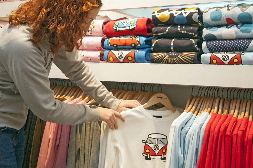 Como-cuidar-las-camisetas-estampadas-lucatti